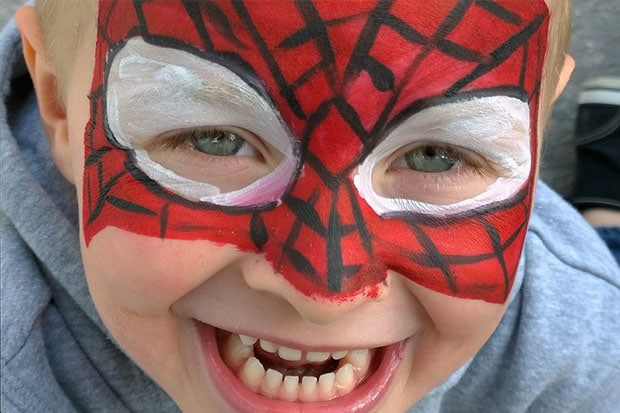 maquillage enfants spiderman